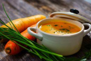Glutenfreie und Laktosefreie Karotten-Suppe