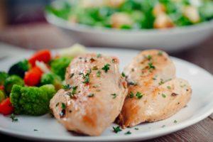 Leichtes Schonkost Hähnchenbrust mit Gemüse (darmfreundlich)